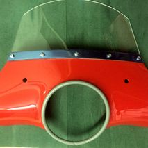 Lambretta Li flyscreen RED CUPPINI