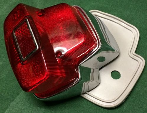 Vespa rear light polished stainless steel SIEM copy SS180,Rally180,Sprint image #1