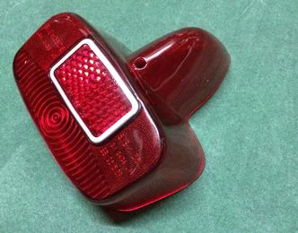 Vespa GS VBB rear light lens SIEM image #1