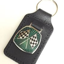 Racing chequered flag green enamel badge leather key fob ring
