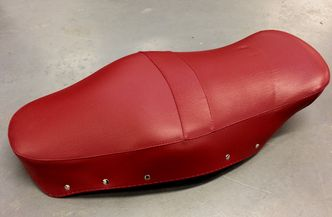 Lambretta Oxblood red seat cover Made in Italy image #1