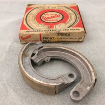 Vespa front brake shoes NOS GS / SS / Rally / Sprint