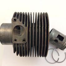 Vespa GS160 cylinder / piston assembly NOS