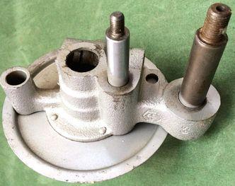 Vespa front hub V50/90/SS90/Primavera/ image #1