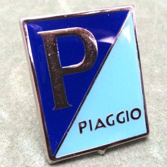 Vespa enamel/ chrome horncasting badge GS,VB1,VL image #1