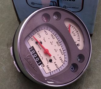 Vespa GTV speedometer 639838  image #1