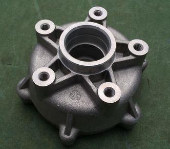 Vespa GTS front hub 598654 image #1