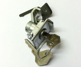 Vespa glove box lock VMA,VMB,Rally,PX etc ZADI image #1