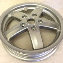 Vespa LX/LXV front wheel 599990