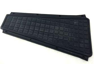 Vespa PX Mk1 rubber centre mat image #1