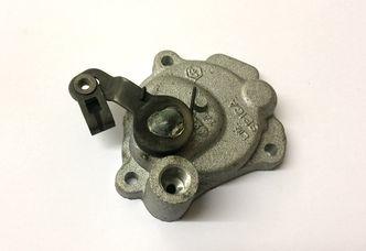 Vespa autolube pump cover P200E Piaggio 134913 image #1