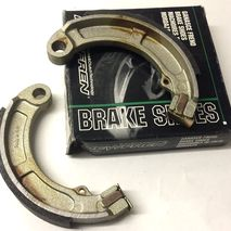 Vespa V50N rear brake shoes 9""